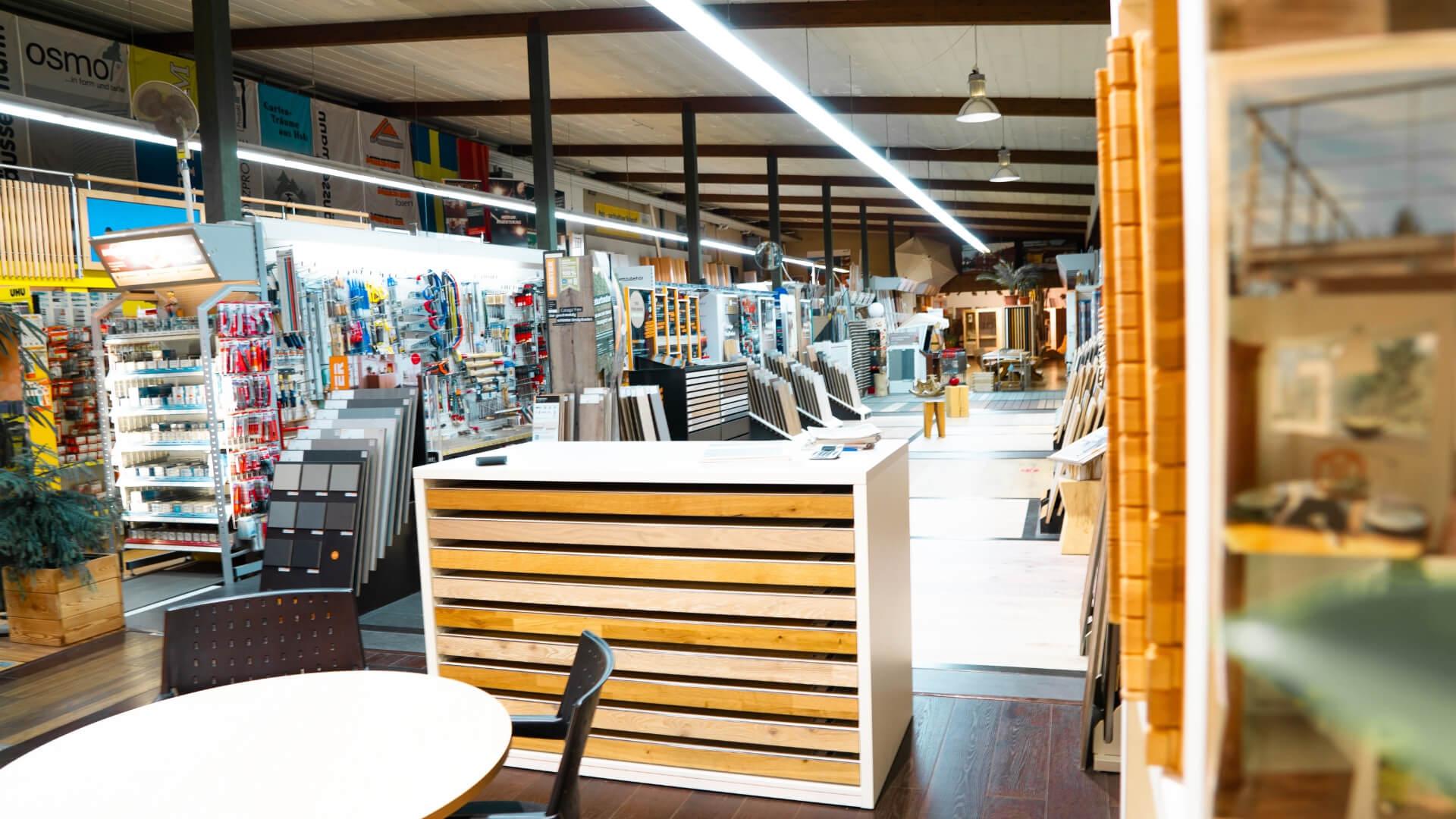 Bühler Holzfachmarkt Heimwerkergeschäft innen