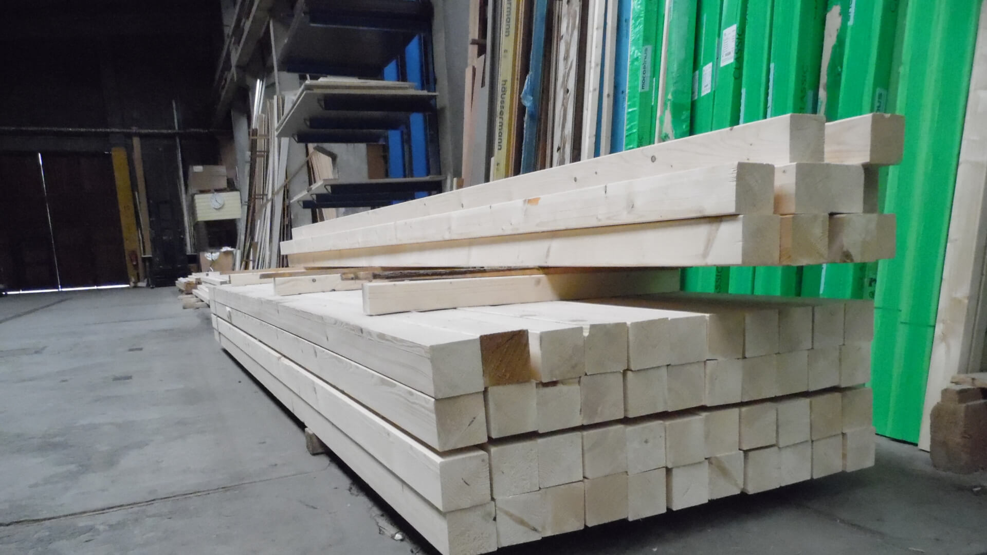 Bühler Mössingen Konstruktionsvollholz im Lager